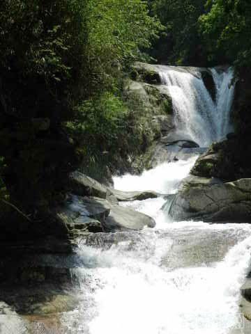 柳州周边游:4A级景区融水龙女沟