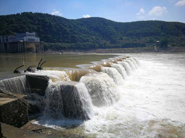 柳州周边游:休闲骑行看洛清江水坝