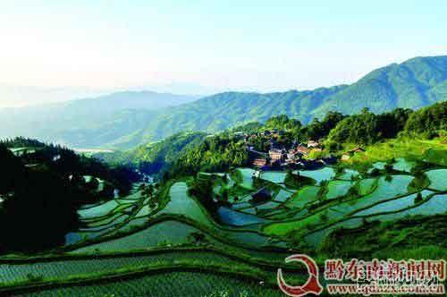 黔东南旅游:有鼓楼的苗寨--平善村